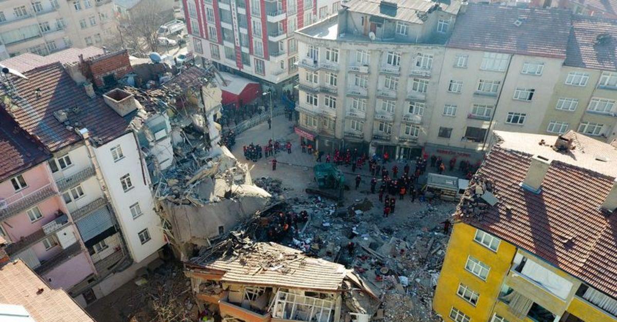Malatya Elazığ depremi son dakika! Can kaybı sayısı yükseldi! Elazığ'da 3 kişi aranıyor!